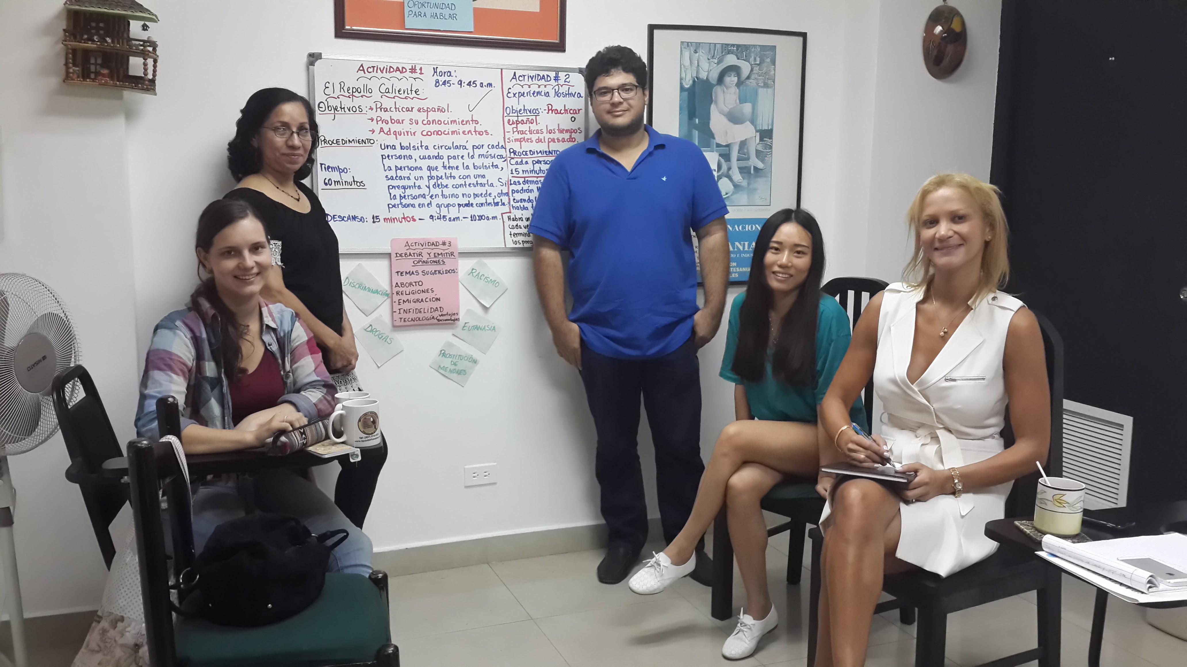 Susan H, SpanishPanama language school 在巴拿马做生意学习西班牙语的重要性
