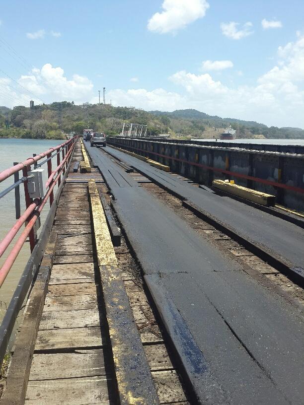 El antiguo puente en Gamboa pronto va a ser reemplazado por un puente moderno que traerá mayor valor a las propiedades de Gamboa. El puente antiguo sólo será utilizado por ACP. www.spanishpanama.com