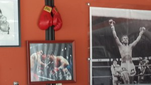 World boxing champion, Roberto Duran, has a restaurant on the parallel road from SpanishPanama school