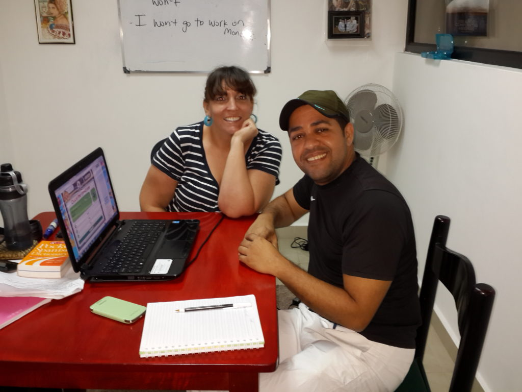 Business English classes with Native speakers. English for professionals on Via Argentina.