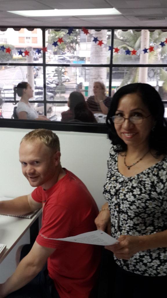 We teach you to speak spontaneously at Spanish Panama Language School