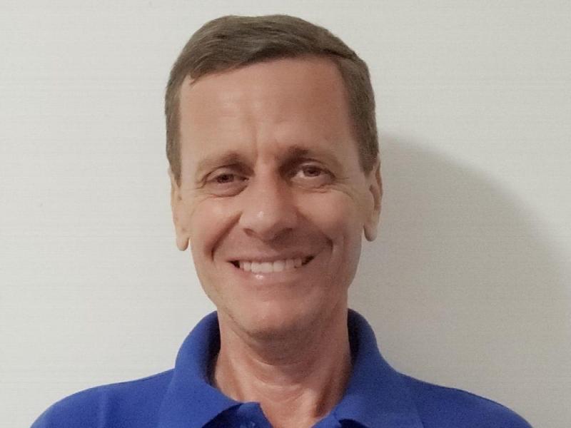 Joseph Ennis, Director de Spanish Panama Language School, una escuela de idiomas que imparte clases de español e inglés en Panamá. http://laestrella.com.pa/vida-cultura/cultura/cuando-bilinguismo-abre-puertas-mundo-globalizado/24114386/foto/466906#gallery
